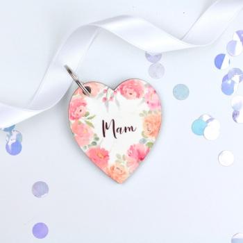Floral Flourish - Mam - Heart Keyring
