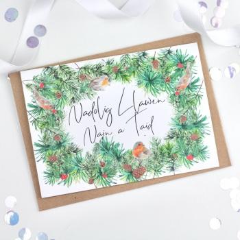 Greenery Wreath - Nadolig Llawen Nain a Taid - Card