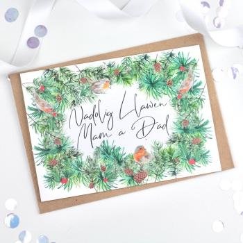 Greenery Wreath - Nadolig Llawen Mam a Dad - Card