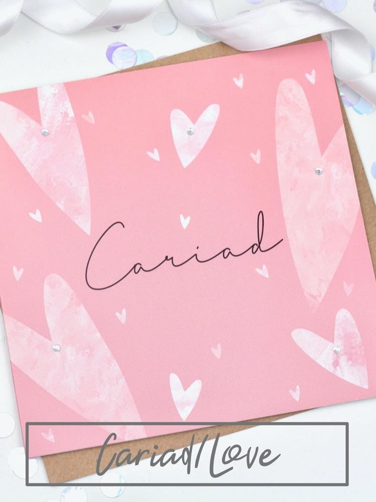 Cariad/Love