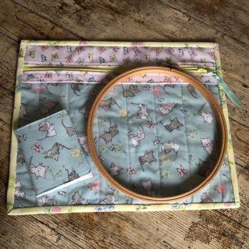 Vinyl Front Project Bag & Needle Case - Springtime Cats
