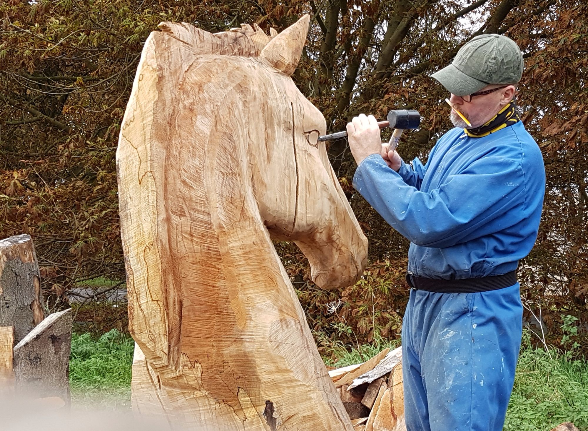 Horse head carving details