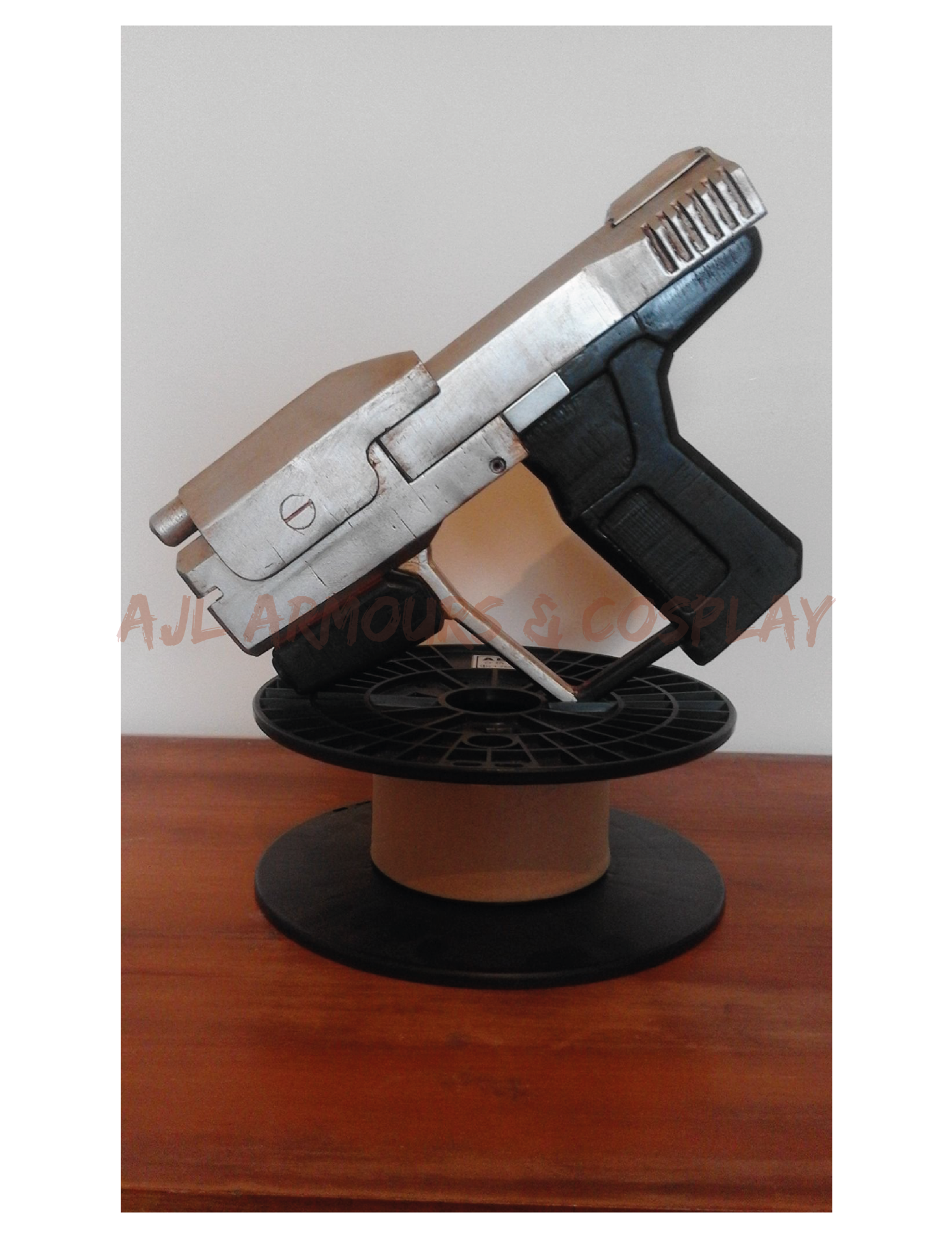Halo Magnum Gun Replica Weapon Prop