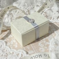 <!-- 008 -->Floral Embossed Rectangle Favour Boxes (with embellishment) (10 off)