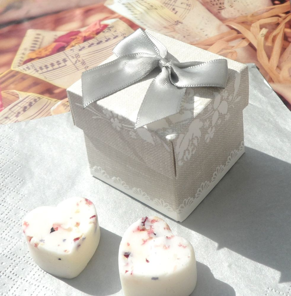<!-- 012-->(10 off) Pearl Grey Shabby Chic Favour Box