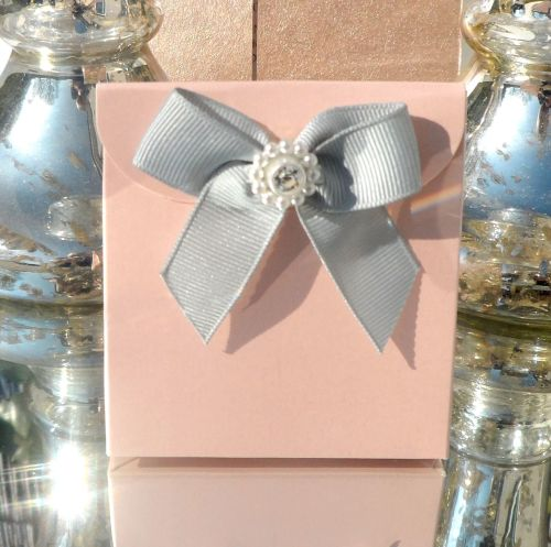 <!-- 002 -->(10 off) Blush Pink Satchel Favour Boxes with Aroma Wax Melts