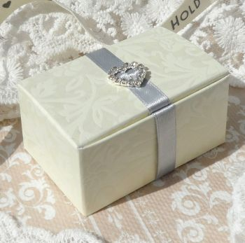Floral Embossed Rectangle Favour Boxes (with embellishment) (10 off)