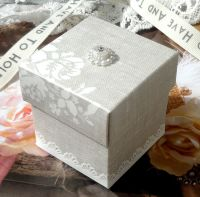 <!-- 013-->(10 off) Pearl Grey Shabby Chic Favour Box (C)