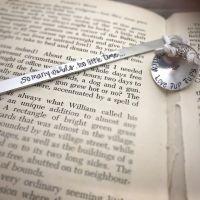 Bookmark | Luxury