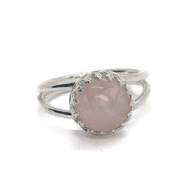 Handmade silver ring with fancy bezel setting and rose quartz stone
