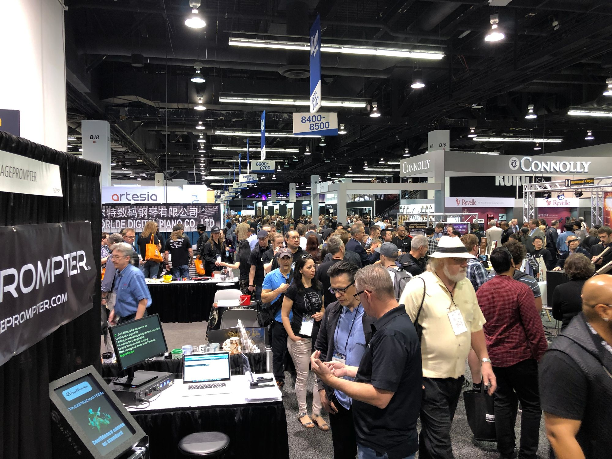 2019 Namm Show - Busy !!