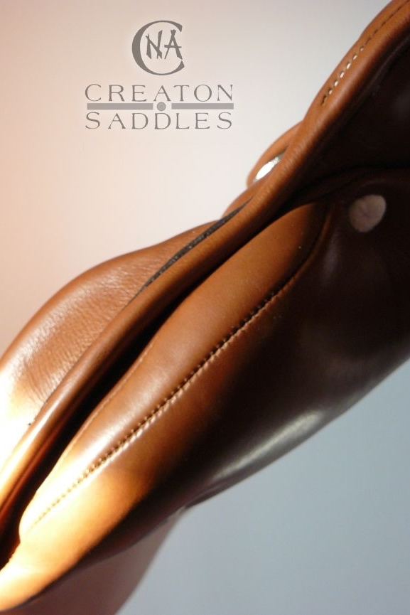 gusset-detail-on-saddle