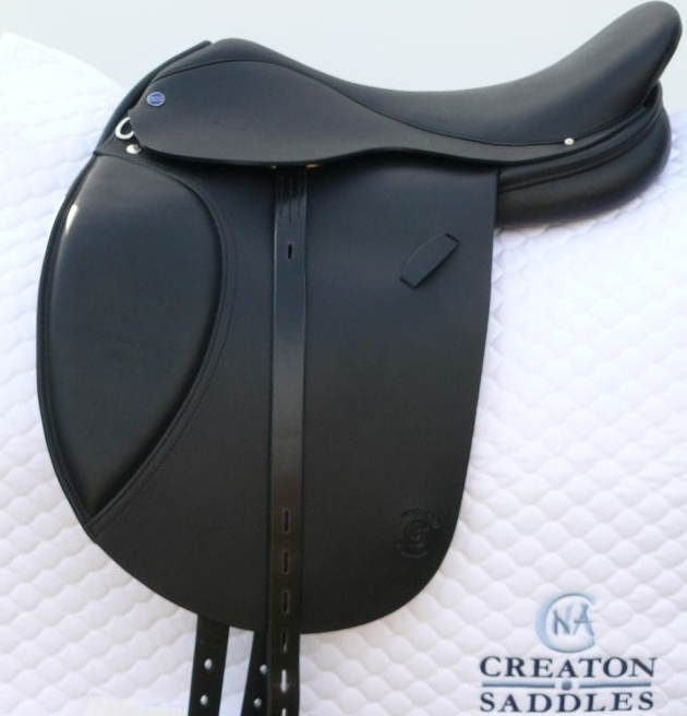 saddle-for-dressage-riding