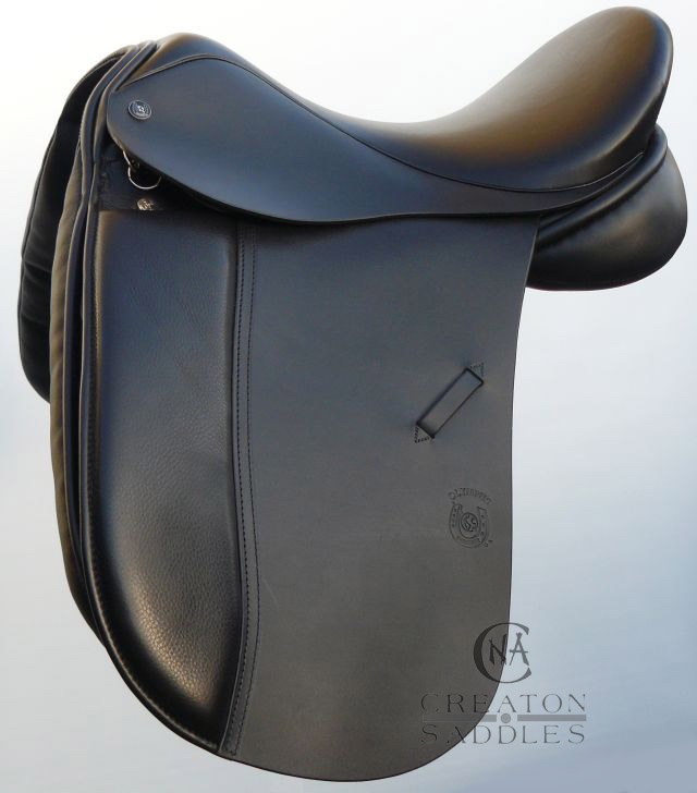 dressage-saddle-with-medium-seat