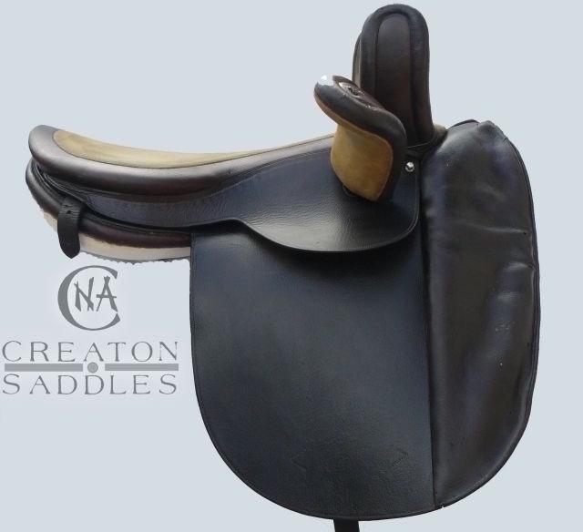 elizabeth-cadbury-side-saddle