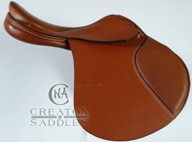 dual-flap-jumping-saddle