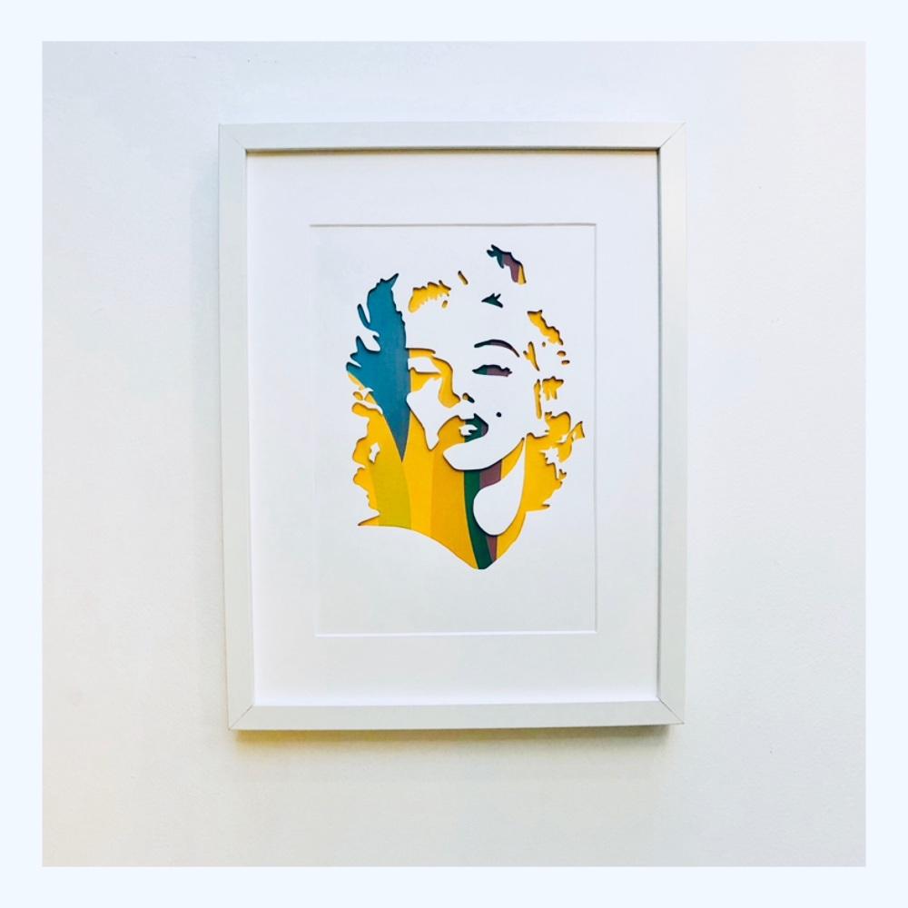 Marilyn (Large frame 32x42cm)