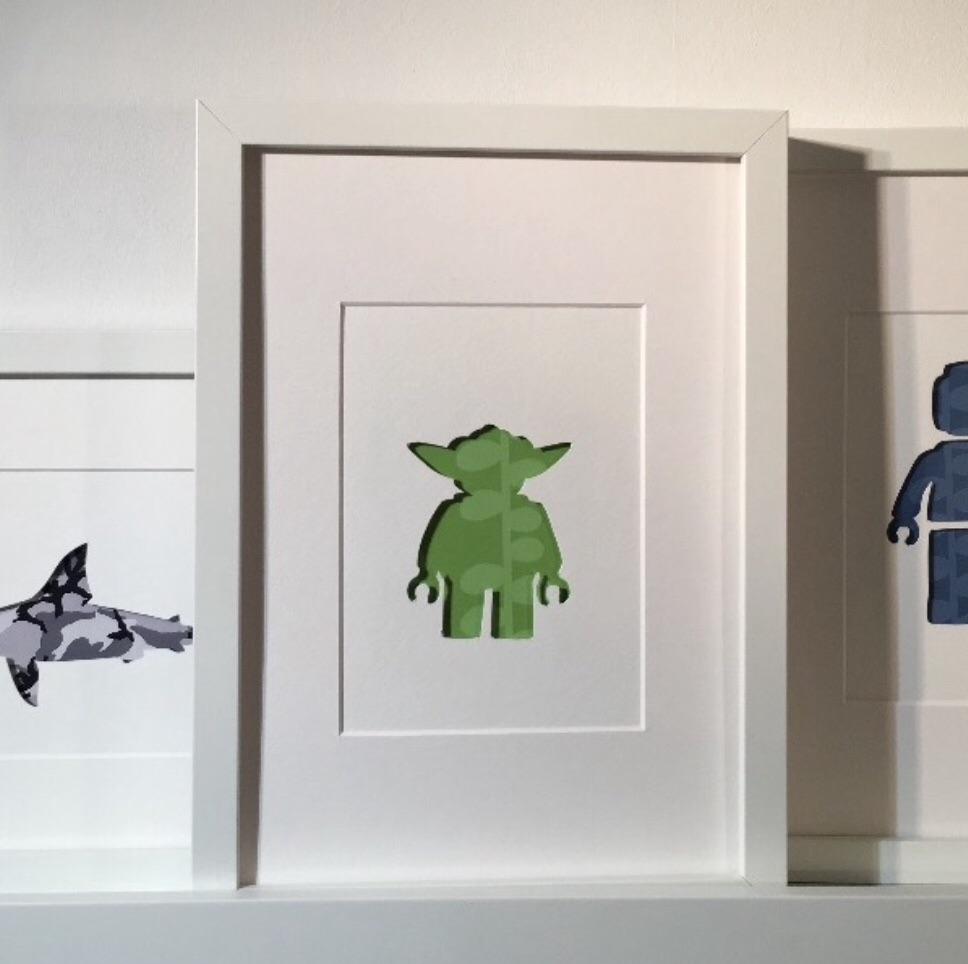 Yoda (medium frame 23x32cm)