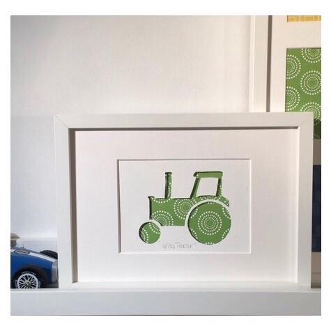 Tractor (medium frame 23x32cm)