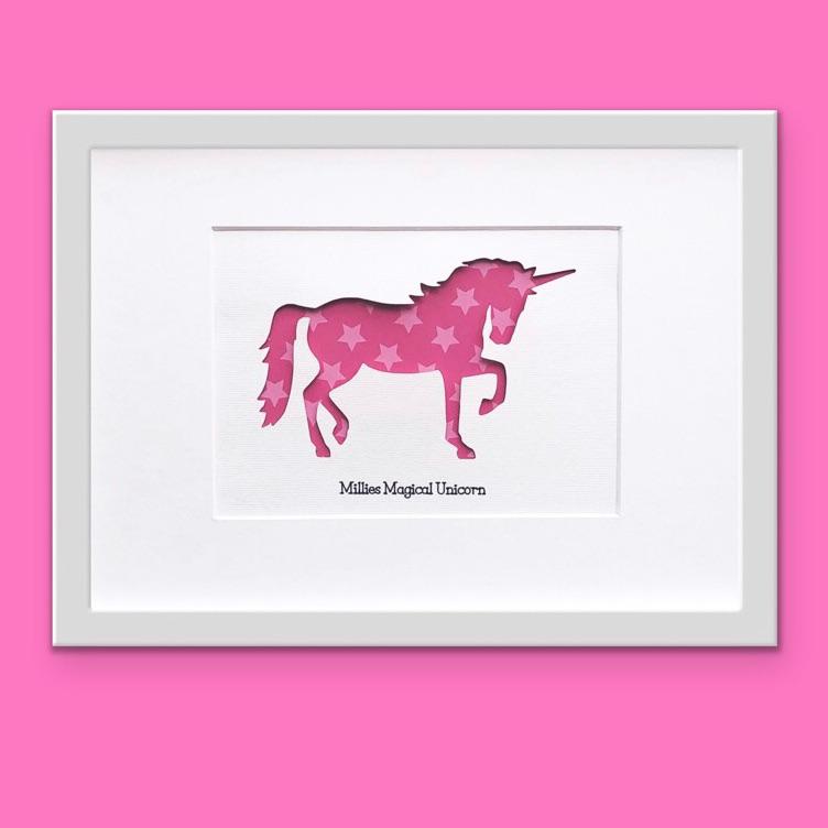 Unicorn (medium frame 23x32 cm)