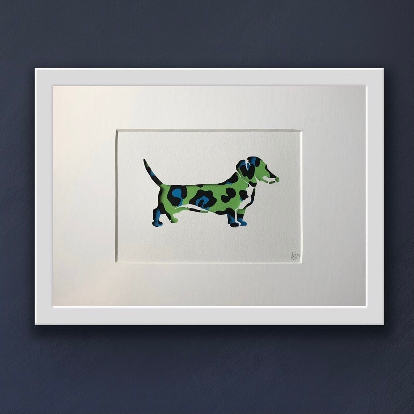 Dachshund Green (medium frame 23x32cm)