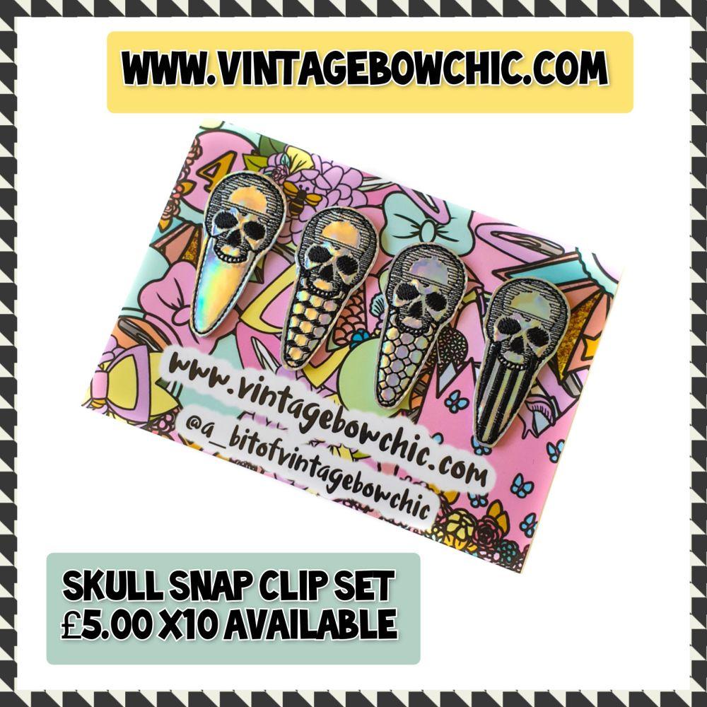Skull Snap clip set