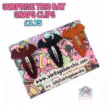 Surpruse trio Bat Snap Clips