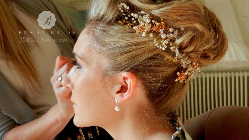 Rosea-delicate bridal hair accessory-NMY1