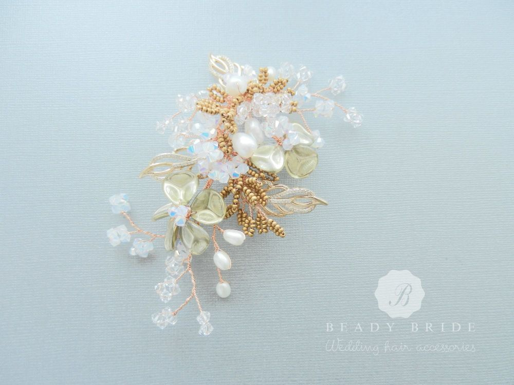 Bridal-floral-wedding-hair-accessory-UK-1