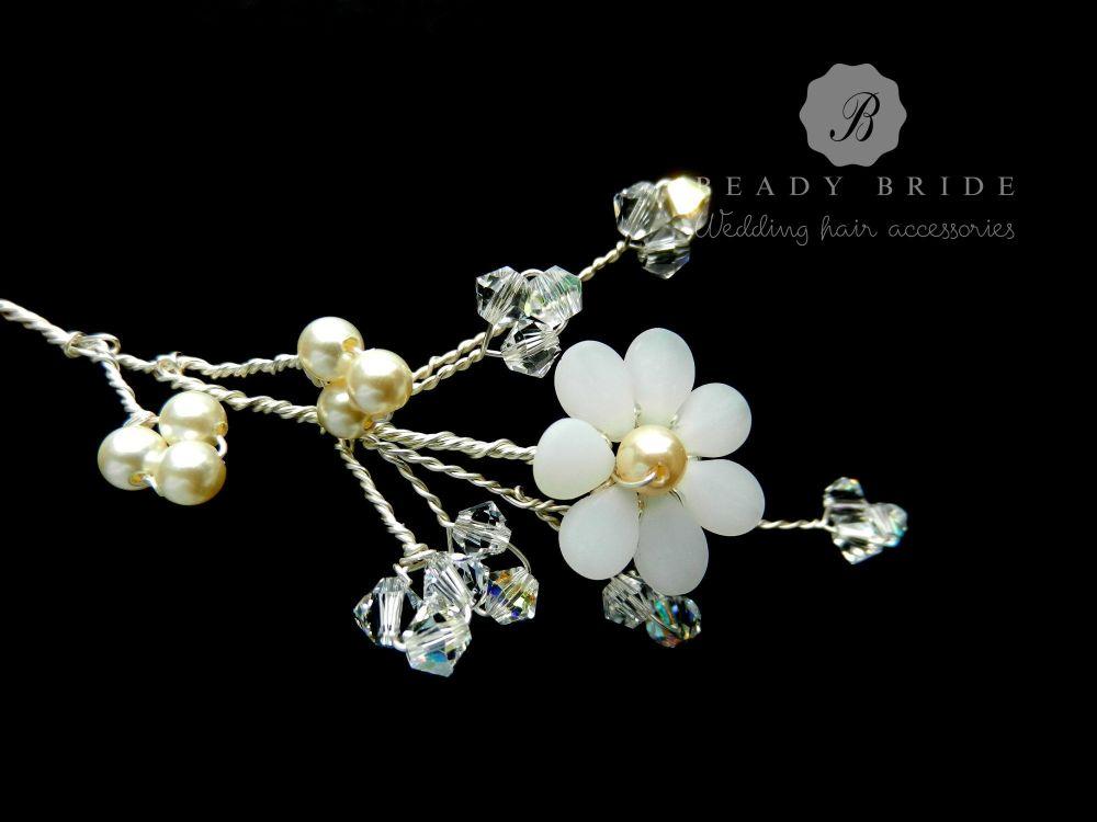 Lorraine-wedding-hair-pin-accessory-by Beady Bride-UK (4)