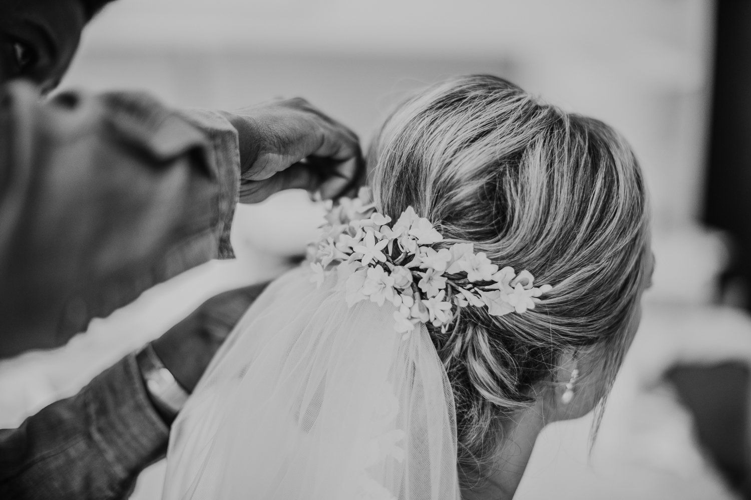 Cotswolds-gloucestershire bridal hair stylist-KTRN (1).2