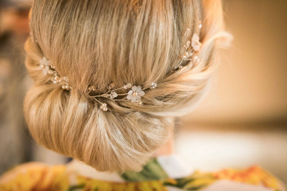 Bridal hair-pin-accessory-by Beady Bride-Gloucestershire-UK-KRN