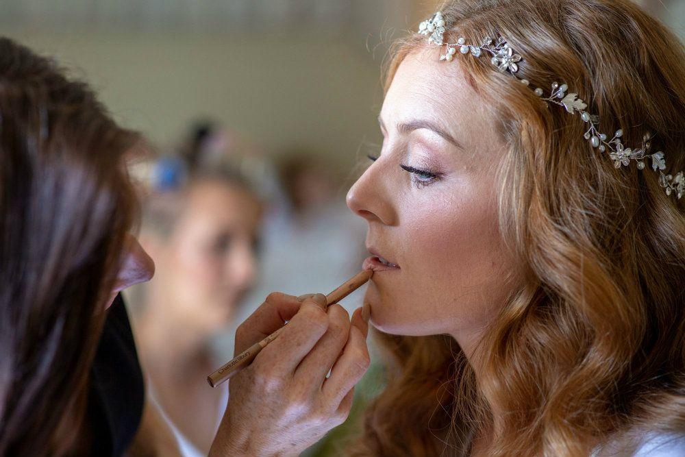 Cheltenham-Gloucestershire-bridal-hair-stylist-LDSY-1