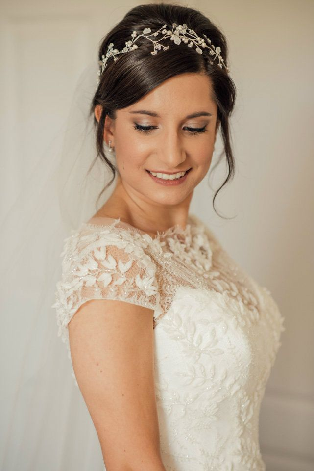 Cheltenham-&-gloucestershire bridal-hair-stylist-&-Hair-accessories-Cotswolds