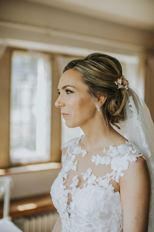 Cotswolds-bridal-hair-stylist-&-specialist in bespoke bridal-hair-accessories-&-hair-vines-UK