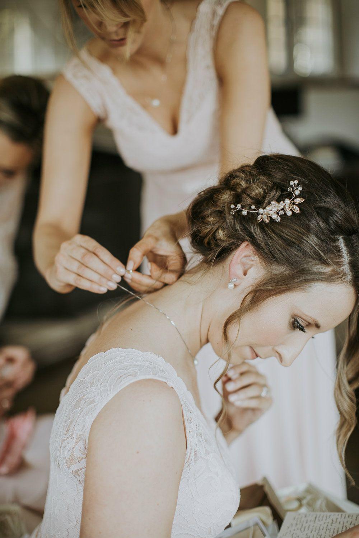 Gloucestershire mobile-wedding-hair-stylist