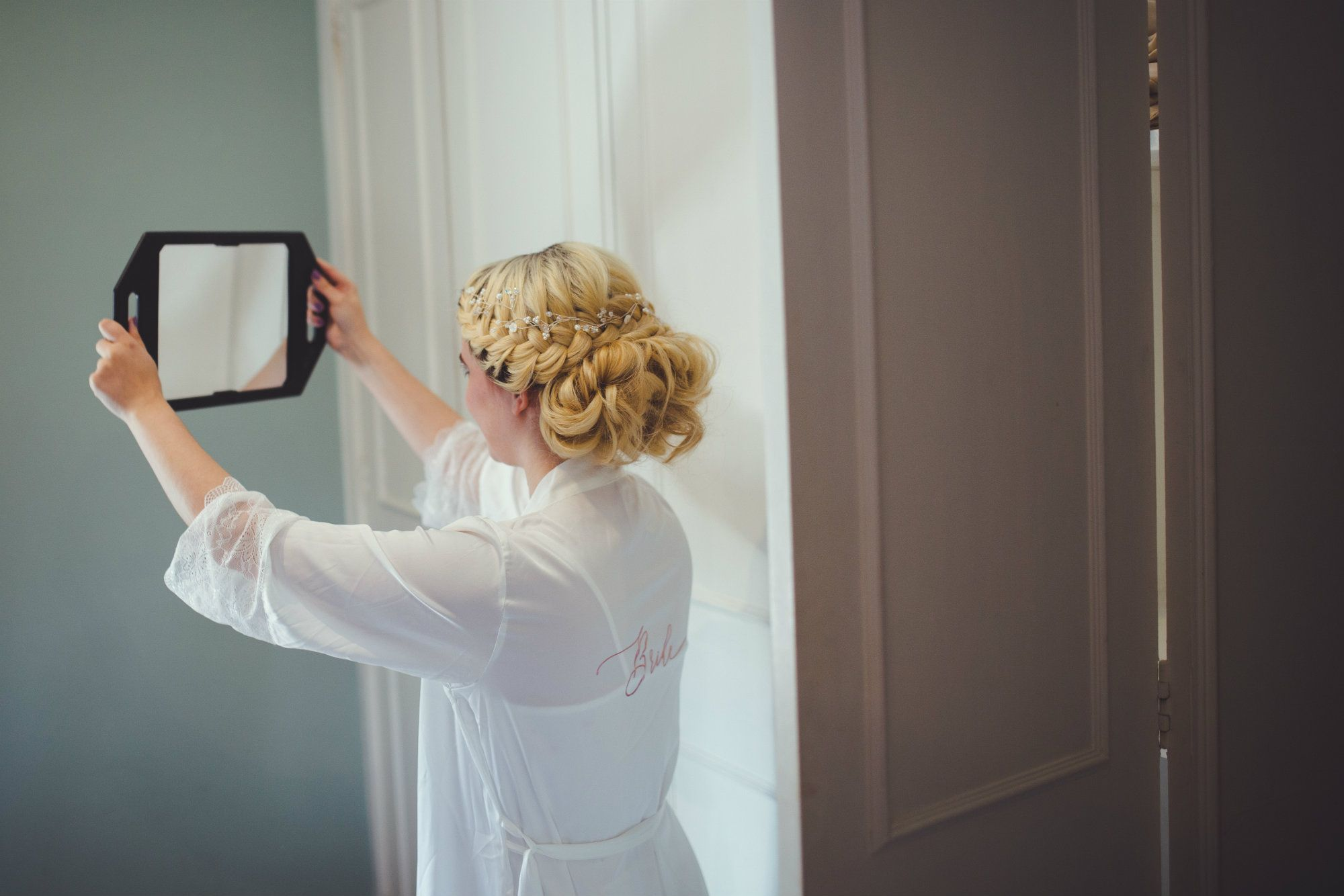 Burford-Oxford-mobile-wedding-hairdresser-Oxfordshire-UK-JEN-17
