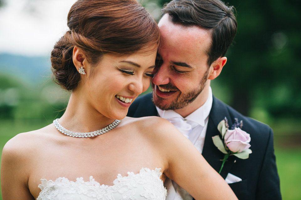 Mobile wedding-bridal hairdresser-Cotswolds-Gloucestershire-UK