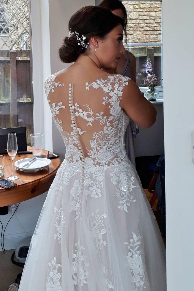 Delicate-white-bridal-hair-vine-accessory-UK-20190810_134540 (3)
