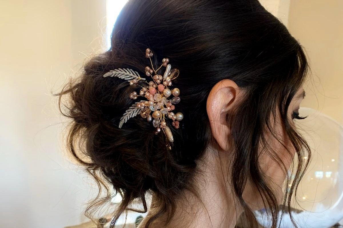 Bridesmaids hair accessories and dresses-UK