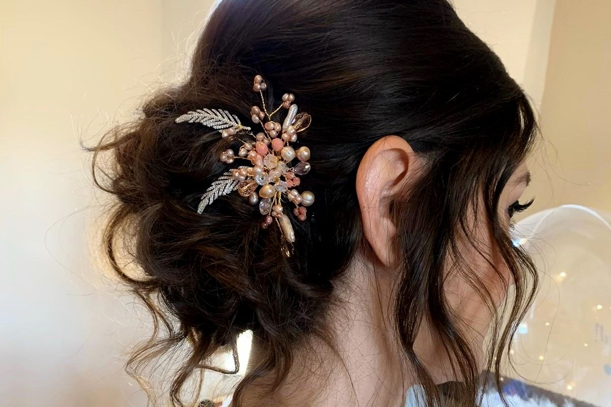 Pink-bridesmaids-wedding-occasion-hair accessory-UK-LREN (4)
