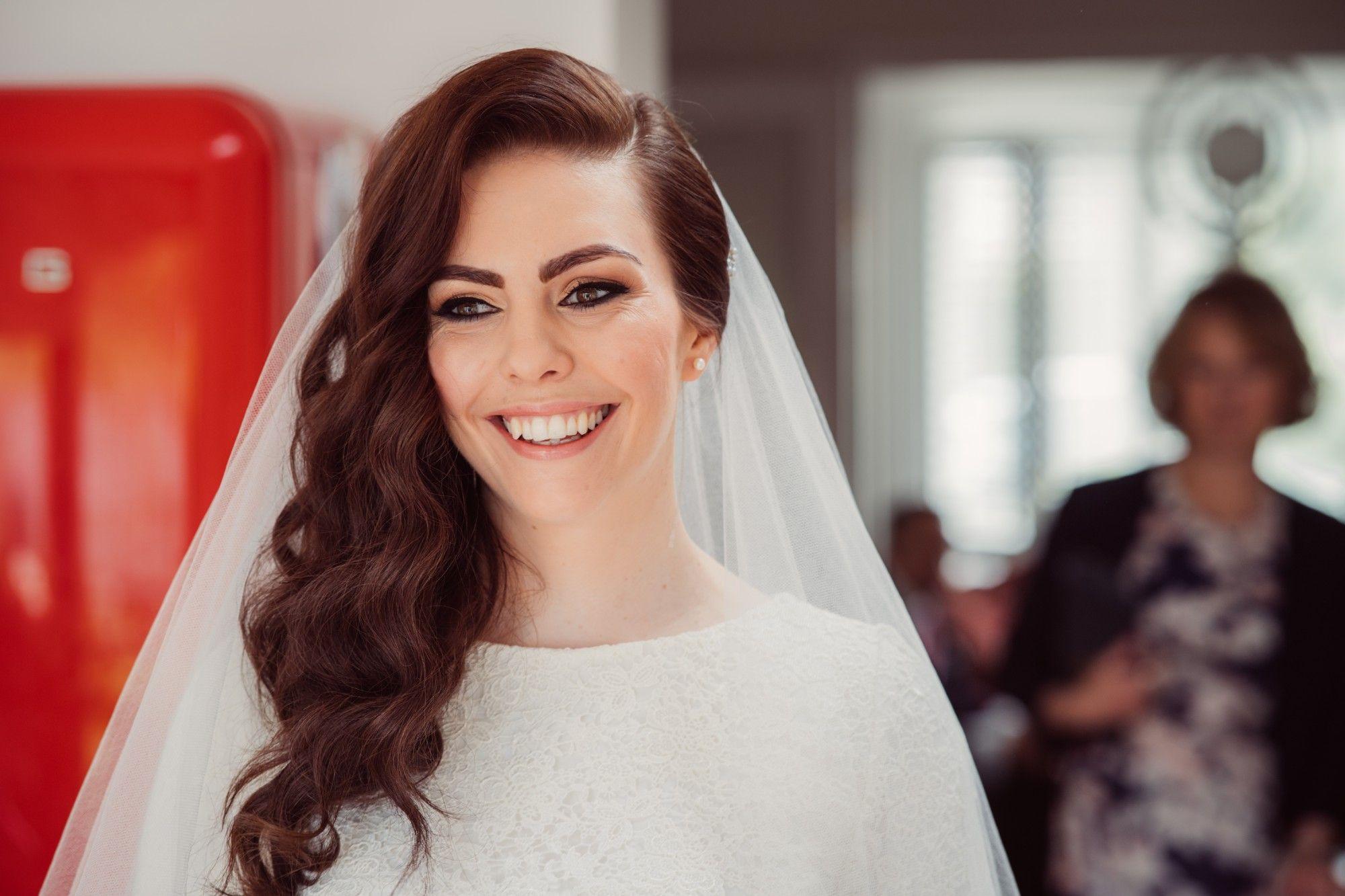 Bridal-wedding-hair-stylist-Tetbury-Gloucestershire-UK-LL-75