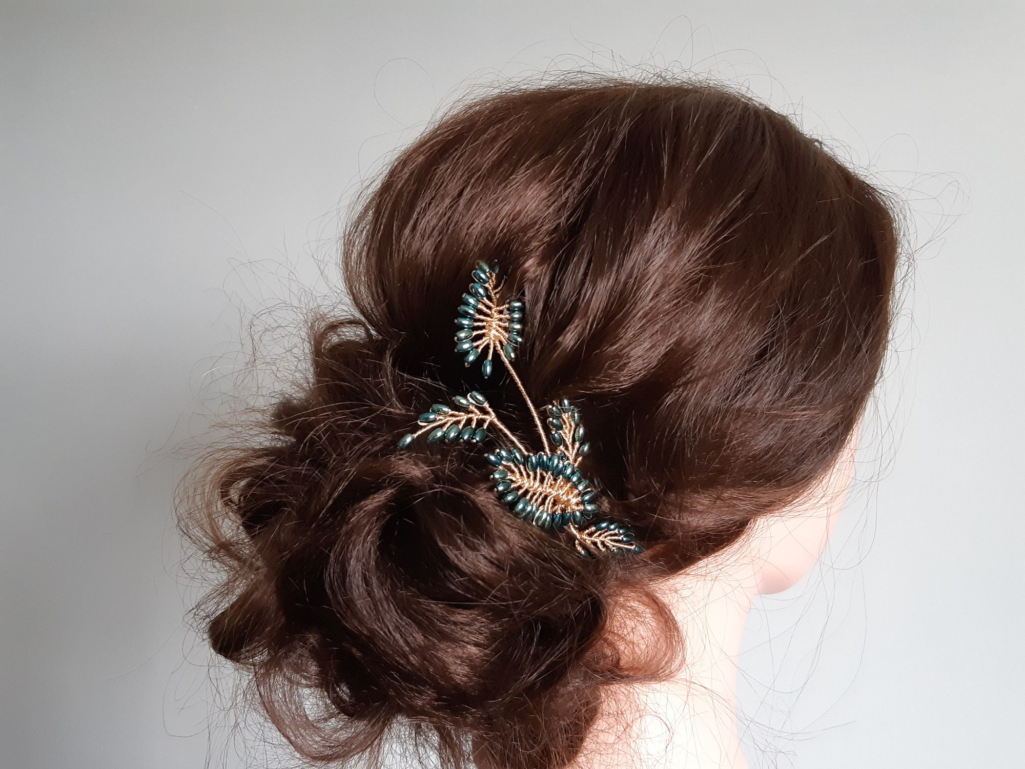 Green leaf+gold-occasion-wedding-hair accessory-UK-Gloucestershire-Acane1