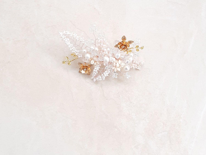 Gold flower-Floral-wedding hair accessory-UK-Rosea-1