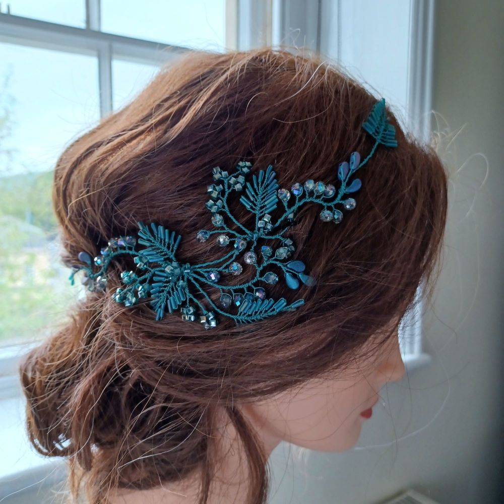 Bespoke-occasion-floral-headpiece-Moira-HP-1