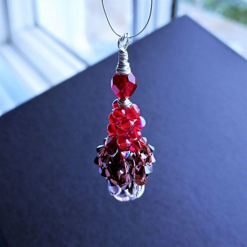 Red and burgundy-occasion pendant-Viola (1)
