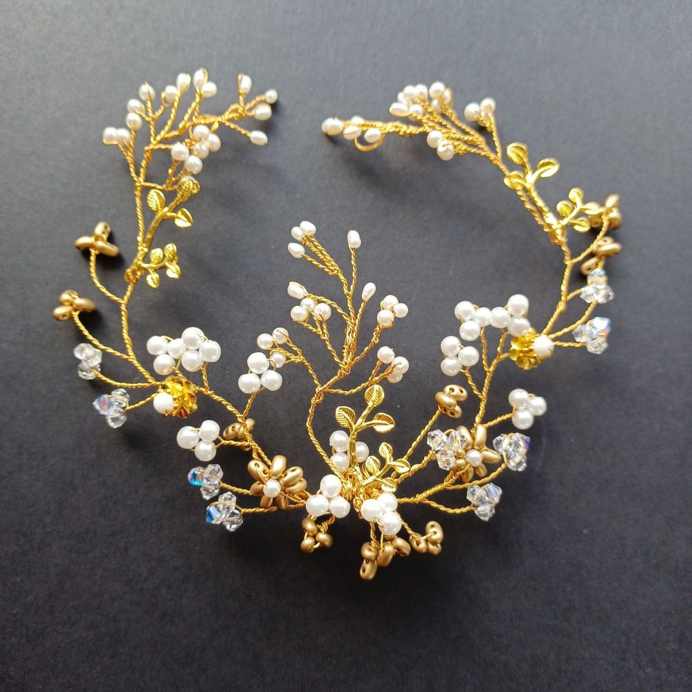 Delicate autumnal bridal hair vine with pearls & golden leaves -0A-BBS-Brittany-1-S