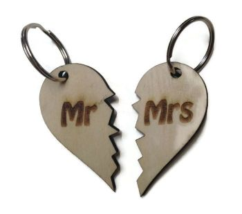 Personalised Keyrings Wooden Mr/Mrs (Pair)