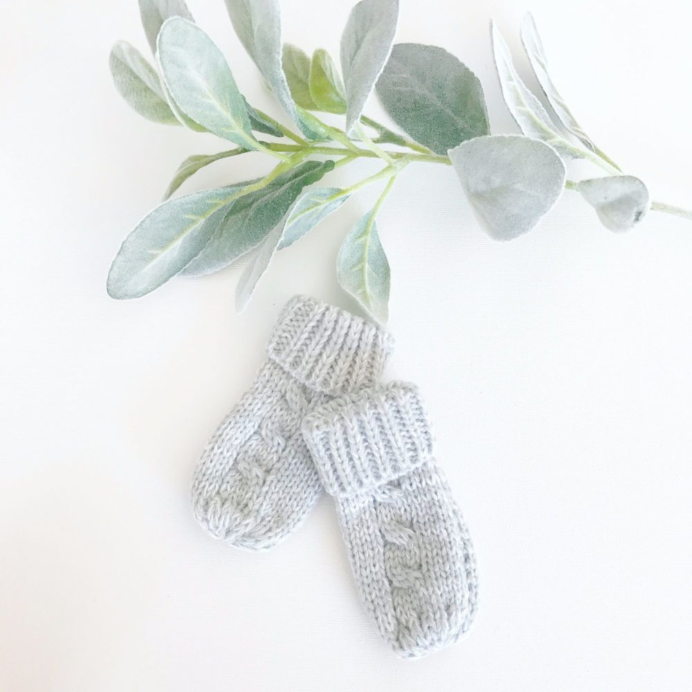 Cable Knit Mittens - Grey