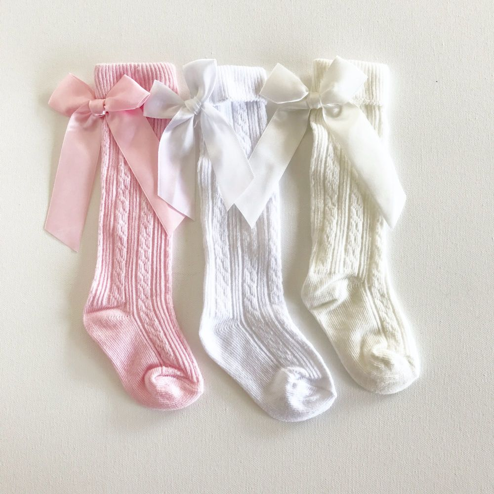 Ribbed Knee Socks With Bow